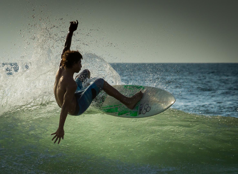 """Nick Archer - """"Surfing"""""""