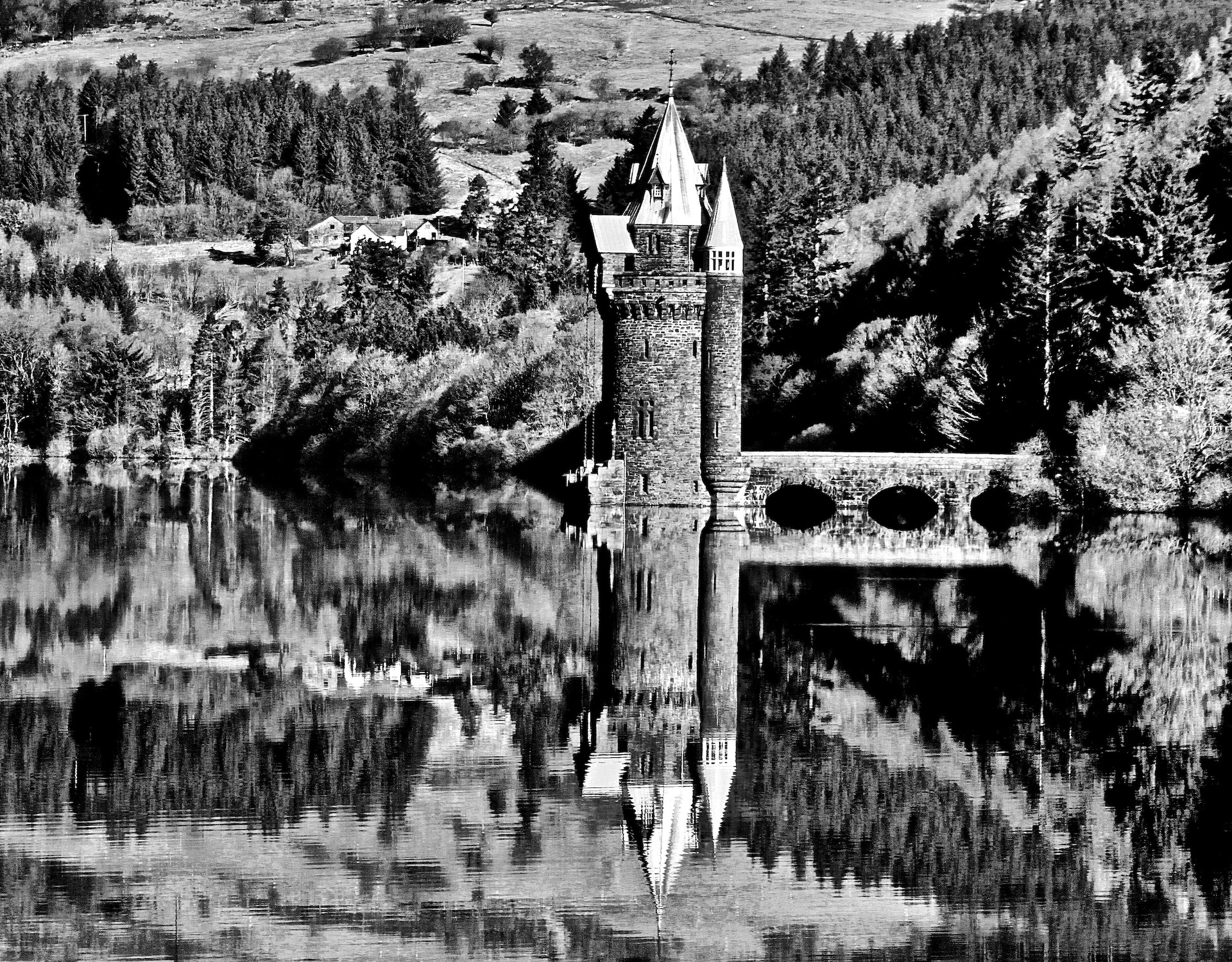 "Don Jennings - ""⁨Lake Vyrnwy⁩"""